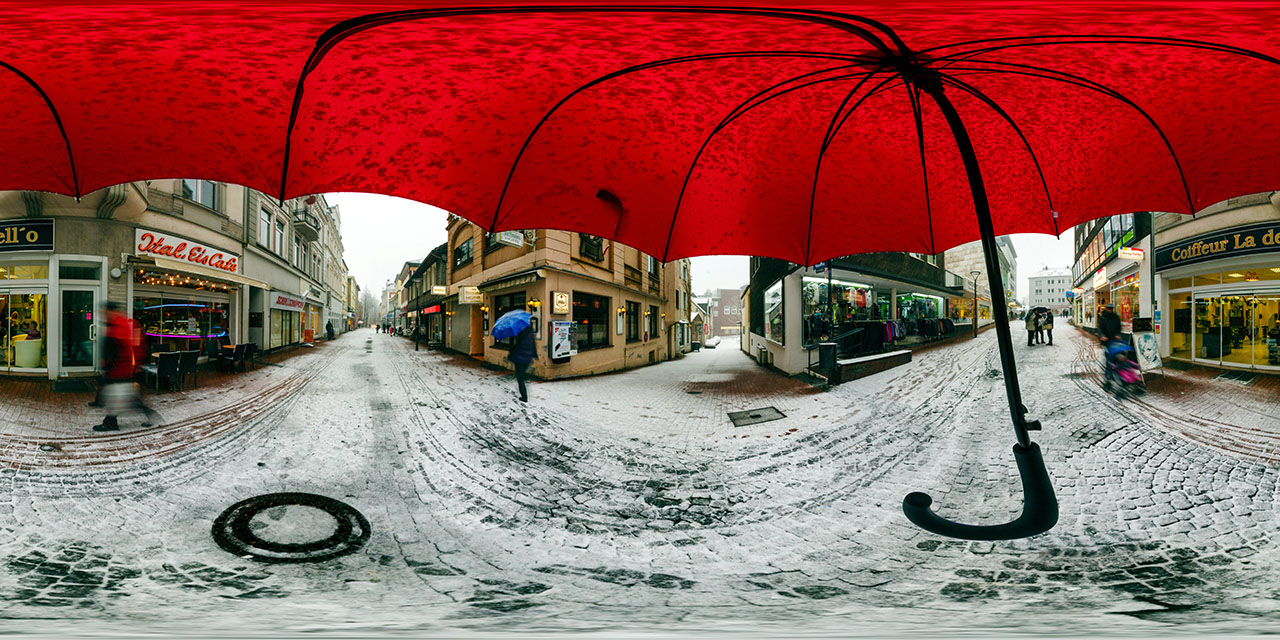 360° Panorama Roter Schirm im Schee